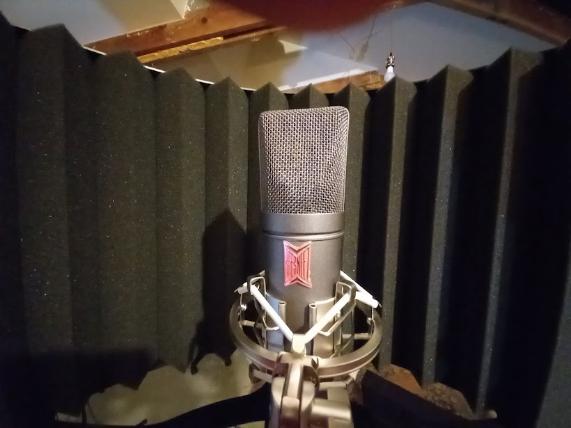 microphone for recording voice